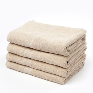 Used Cotton Towel With Different Colour in Dubai, UAE