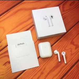 Used APPLE AIRPODS2+FREE COVER NEW.⚪ in Dubai, UAE