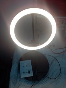 Used 10 inches Stretchable LED Ring LIGHT in Dubai, UAE