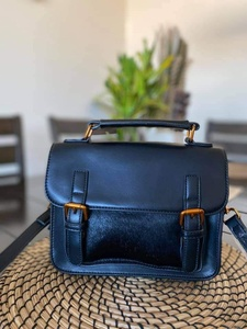 Used Classic black shoulder bag in Dubai, UAE
