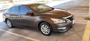 Used Nissan Altima 2014 brown color USA Specs in Dubai, UAE