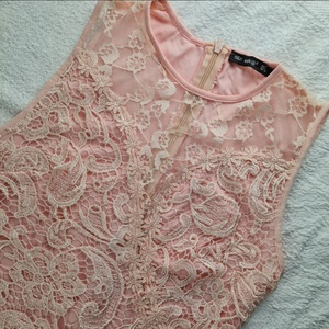 Used Pink turkey dress in Dubai, UAE