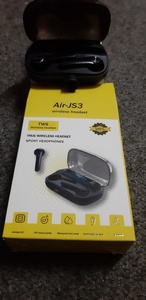 Used Air-JS3 wireless headset in Dubai, UAE
