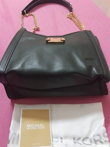 Used Original Michael Kors handbag in Dubai, UAE