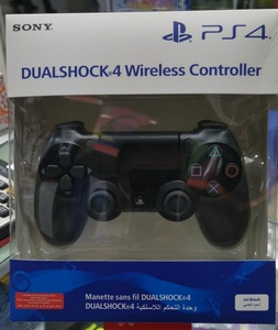 Used Ps4 Dual Shock Controller -Black in Dubai, UAE