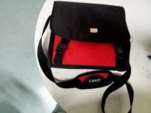 Used Canon DSLR camera bag in Dubai, UAE