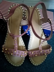 Used Flat sandles size 38 in Dubai, UAE