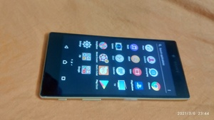 Used sony Z5.  ORIGINAL. in Dubai, UAE