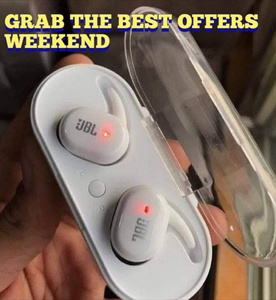 Used WHITE NOW TWS 4 EARBUDS PACKED in Dubai, UAE