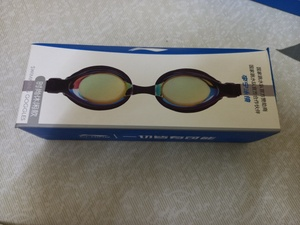 Used Swim goggles in Dubai, UAE