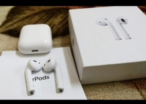 Used Get now NEW PACKED AIRPOD 2 ✔️✔️ in Dubai, UAE