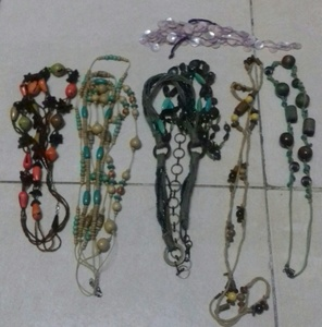 Used FASHION NECKLACE  (6PCS) in Dubai, UAE