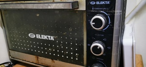 Used Elekta electric oven in Dubai, UAE