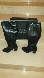 Used Black boot size 6.5 in Dubai, UAE