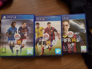 Used FIFA 14+15+16 PS4 in Dubai, UAE