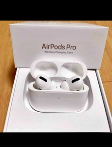 Used APPLE AIRPODS PRO WHITE NEW 💞 in Dubai, UAE