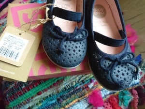 Used Baby girl shoe in Dubai, UAE