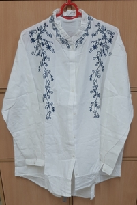 Used Ladies shirt in 4XL,  in white ! in Dubai, UAE