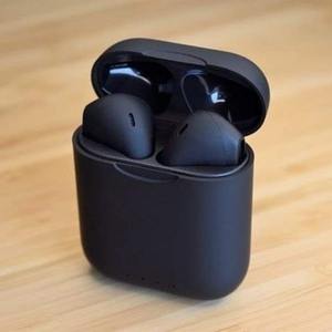 Used AIRPOD 2..BLACK..BEST BUY..New in Dubai, UAE