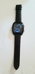 Used Speedometer Watch Unisex NEW Black ♧ in Dubai, UAE