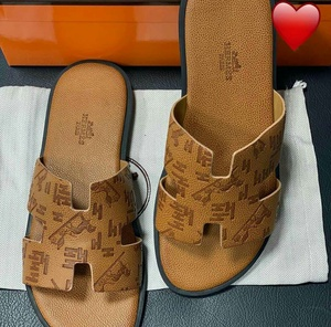Used Slippers unisex in Dubai, UAE
