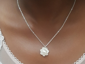 Used Pearl Necklace in Dubai, UAE
