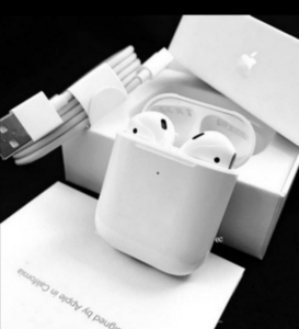 Used APPLE AIRPOD2 WIRELESS PACKED WHITE BEST in Dubai, UAE