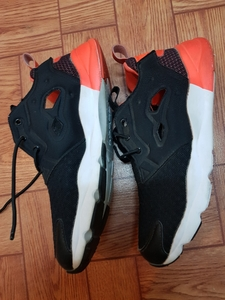 Used Original Used reebok shoes (womens) in Dubai, UAE