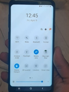 Used Samsung s9 plus no any problem only 1dot in Dubai, UAE