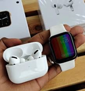Used COMBO PACK W26 SMARTWATCH AIRPODS PRO in Dubai, UAE