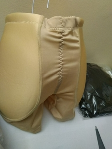 Used underwear black + white in Dubai, UAE