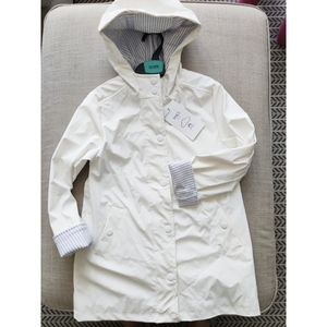 Used Marks & Spencer Girls Raincoat 5yrs in Dubai, UAE