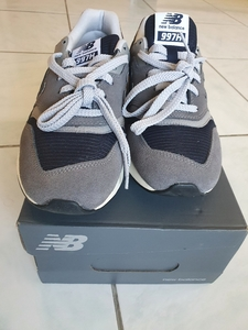 Used New Balance 997H EU41.5 in Dubai, UAE