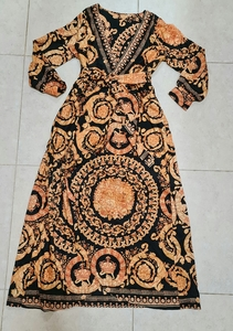 Used New kimono wrap up dress in Dubai, UAE