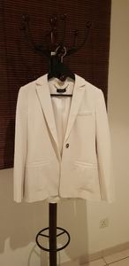 Used Max&Co white Blazer in Dubai, UAE