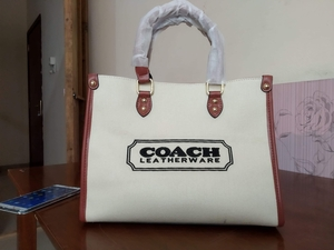 Used Coach topgrade in Dubai, UAE