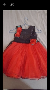 Used girl parry frock in Dubai, UAE