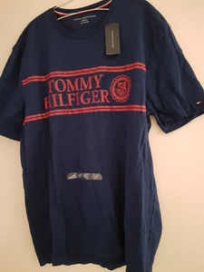 Used Tommy Hilfiger original t shirt XL in Dubai, UAE
