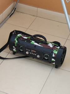 Used BLUETOOTH PICNIC SPEAKER SPKS in Dubai, UAE