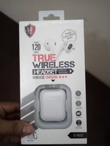 Used TRUE WIRELESS HEADSET 120 BEST BUY in Dubai, UAE