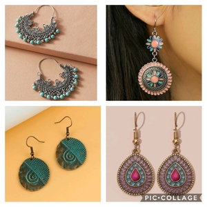 Used Earrings - 4 pcs in Dubai, UAE