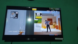 Used Samsung smart TV 32 inch 15 days old in Dubai, UAE