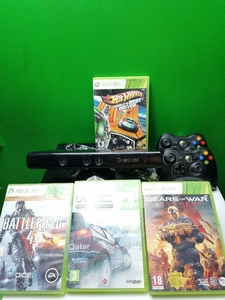 Used Xbox 360 with four games in Dubai, UAE