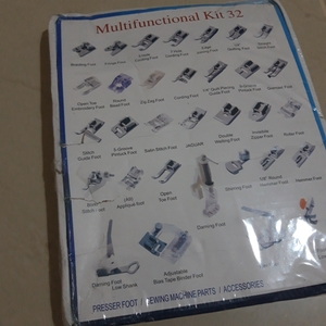 Used Presser foot - sewing machin kit 32 pcs in Dubai, UAE