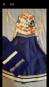 Used kids cloth lehnga 3 to 5 year girl in Dubai, UAE