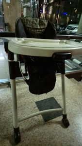 Used Baby's high feeding table in Dubai, UAE