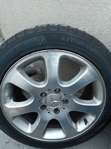 Used 4 pcs car tire and rim in Dubai, UAE