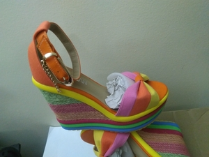 Used flat heel ladies fashion in Dubai, UAE
