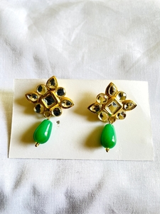 Used Earrings kundan 22k gold plated eid in Dubai, UAE