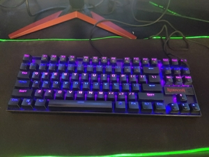 Used gaming redragon rgb keyboard,20+mods in Dubai, UAE
